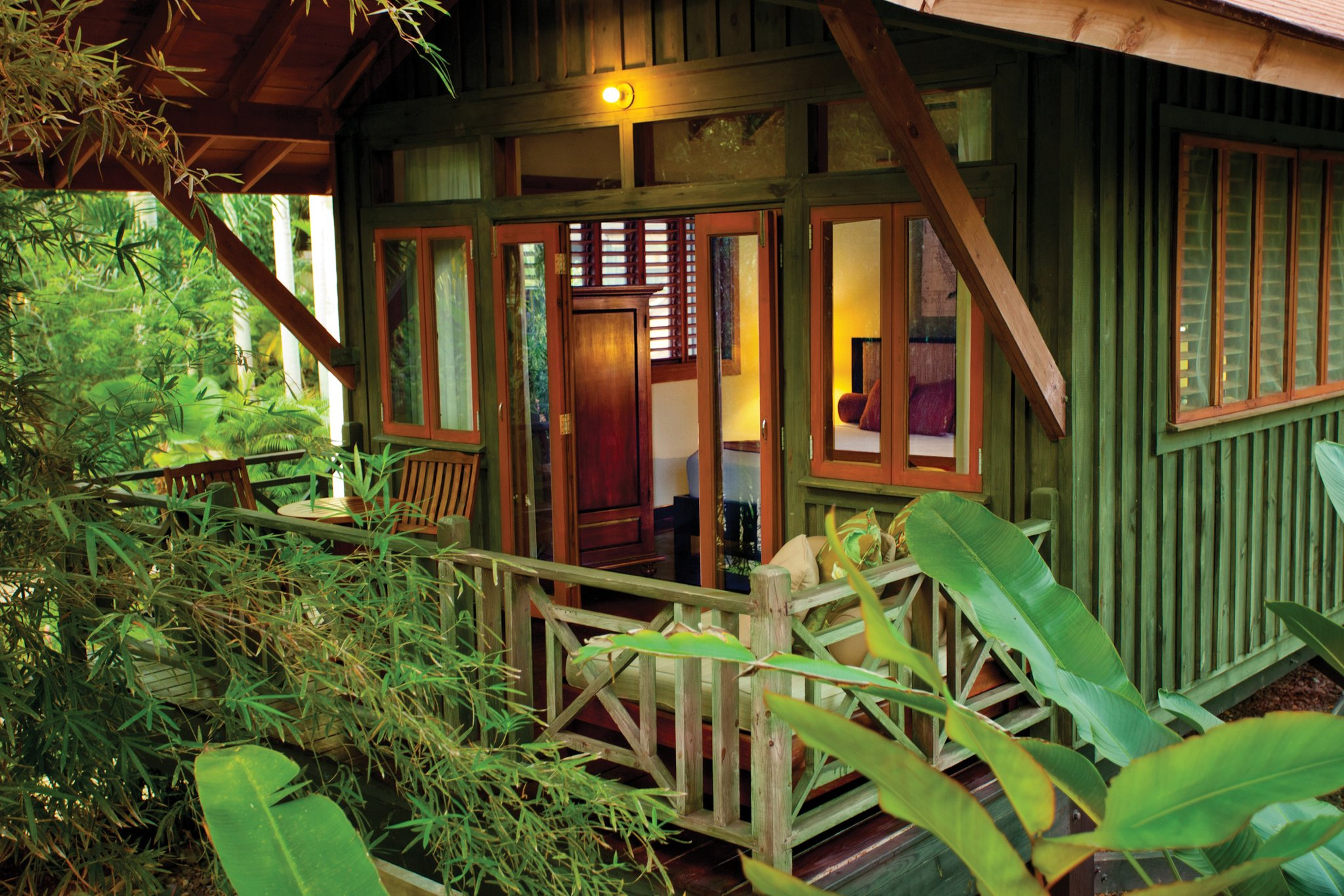Treetop Deluxe Accommodations In Negril Jamaica